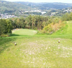 Freier Fall im Golfclub am Lüderich